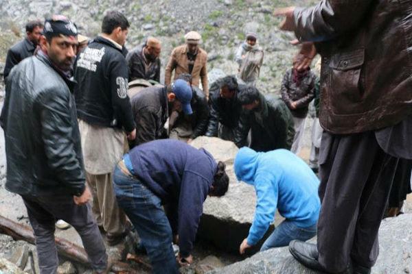 پاکستان میں زلزلے سے ہلاکتوں کی تعداد 272 ہوگئی ہے