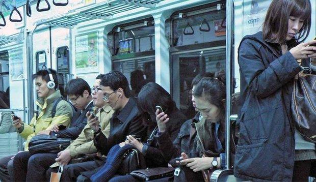 ما بدون WiFi میمیریم؟! 1886414