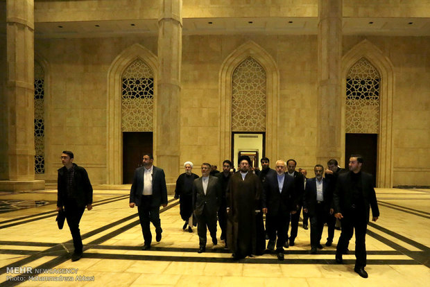 Foreign Ministry officials renew allegiance with ideals of Imam Khomeini