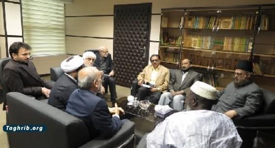 اسلام، منادی صلح و انسانیت و کرامت انسانی است