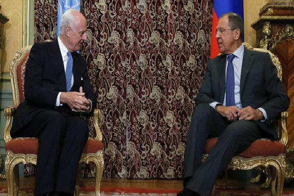 لافروف يدعو الى تحديد المعارضة المعتدلة لتكون شريكا في حل الأزمة السورية