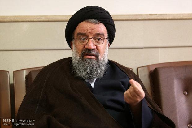 آية الله خاتمي: لن نستسلم أمام إرادة الاستكبار العالمي الشيطانية