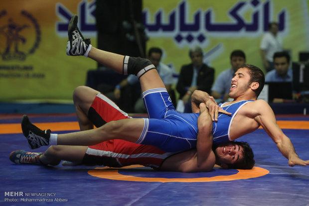 مسابقات المصارعة الرومانية والحرة في صالة ازادي بطهران