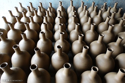 Lalejin pottery shops
