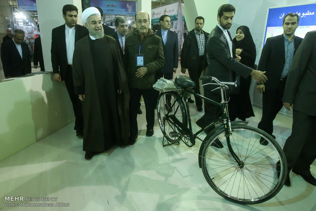 Rouhani inaugurates 21st press expo in Tehran