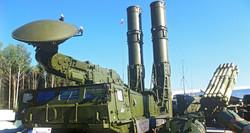 """روسيا تسلم إيران نصف صفقة منظومات """"إس-300"""" الصاروخية"""