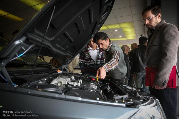 تحویل ۷۰ درصد خودروهای وامدار/ سود ۳۰ درصدی تاخیر برای مشتریان