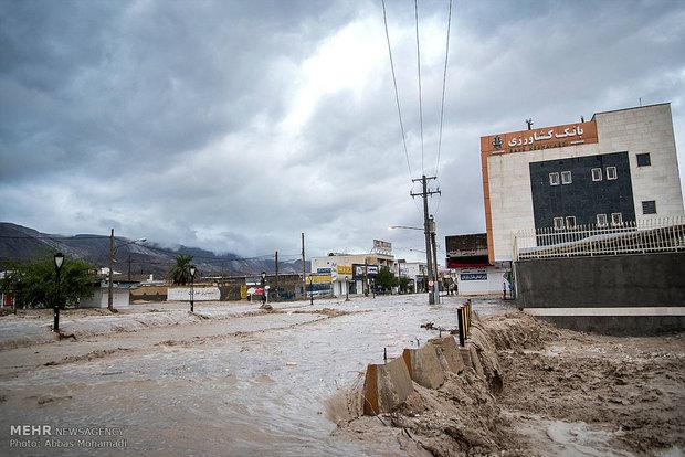 روس میں شدید بارشوں اور سیلاب سے معمولاتِ زندگی درہم برہم
