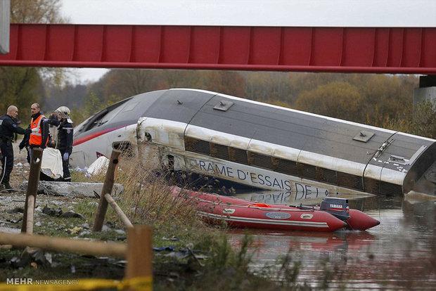آسٹریلیا میں تیزاب سے بھری ٹرین کی 26 بوگیاں پٹری سے اتر گئیں