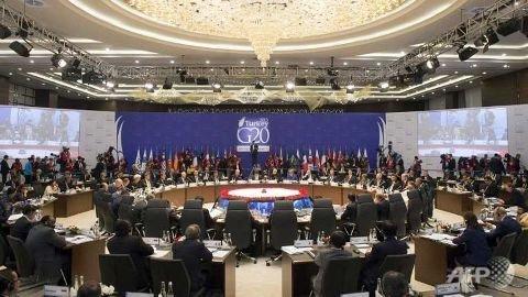 G20 summit opens in Turkey under cloak of Paris attacks