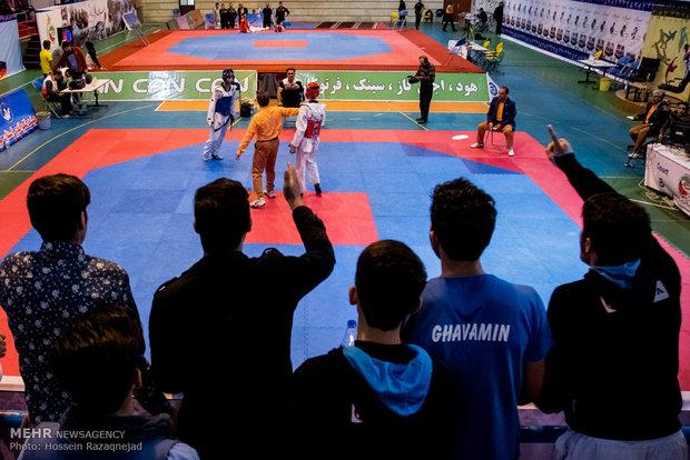 منافسات التايكوندو في اطار الجولة الثالثة من مرحلة ذهاب الدوري الممتاز الايراني