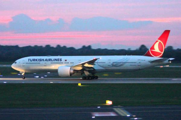 هشدار آمریکا به شرکتهای هواپیمایی در خصوص استفاده از آسمان ایران