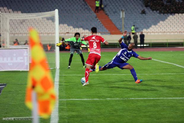 تیم فوتبال آلومینیوم اراک شهرداری اردبیل را شکست داد