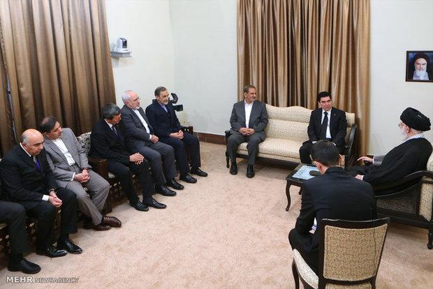 لقاء رئيس جمهورية تركمانستان مع قائد الثورة الاسلامية