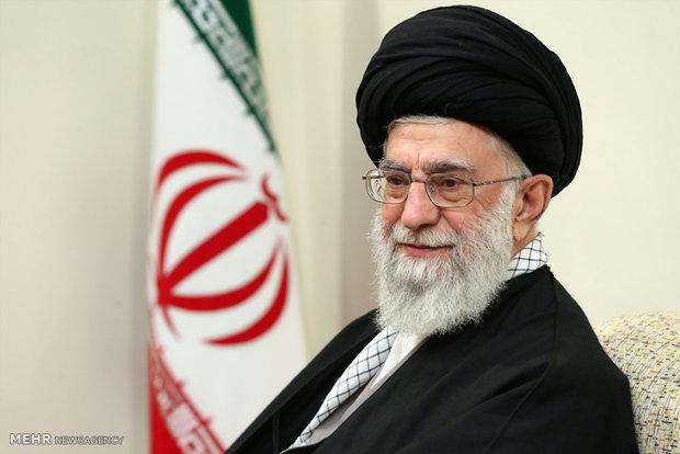 قائد الثورة : التحالفات الدولية التي تدعي مكافحة الارهاب ليست جديرة بالثقة