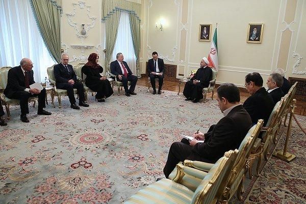 روحاني : عازمون على تنفيذ الاتفاق النووي اذا التزمت الدول الست والوكالة الدولية به