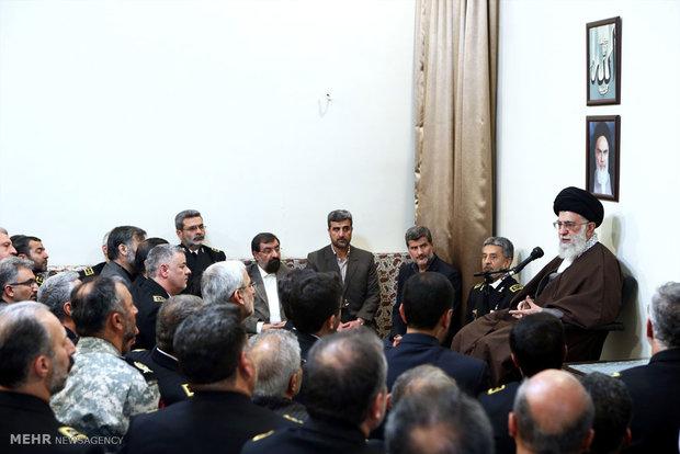 دیدار فرماندهان و مسئولان نیروی دریایی ارتش با رهبر معظم انقلاب