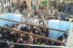 مشتاقان حسینی پشت مرز مهران/ مرز یک طرفه است