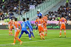 فريق سايبا يحقق فوزا صعبا على استقلال طهران
