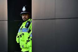 لندن میں پولیس اہلکاروں  کا سیاہ فام نوجوان پر بہیمانہ تشدد