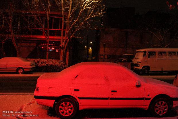 بارش برف پاییزی در تبریز