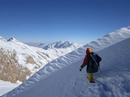 سیستم کوهنوردی کشورحرفهای نیست/بسترکوهنوردی درکرمانشاه مناسب است