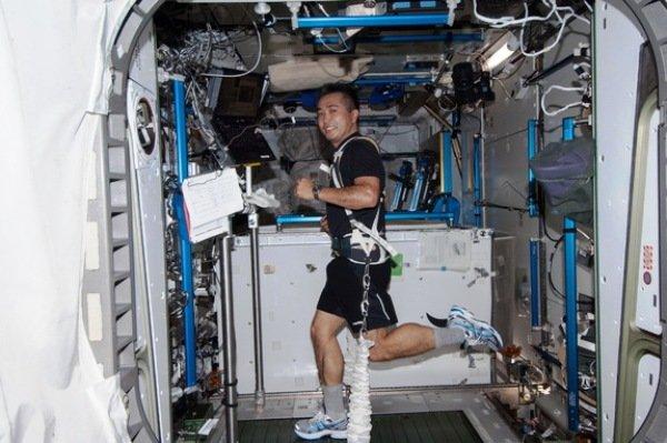 دوی ماراتن در ایستگاه فضایی بین المللی