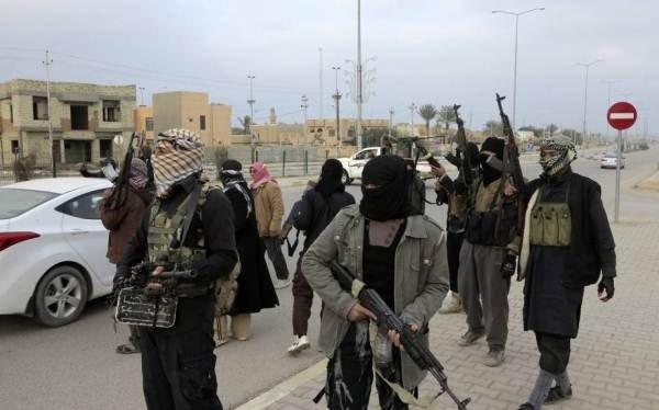 داعش کو 25 ممالک سے ہتھیار مل رہے ہیں
