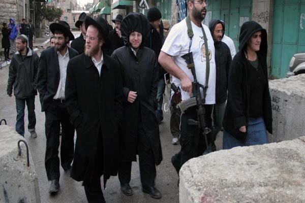 یورش شهرکنشینان صهیونیست به آرامگاه حضرت یوسف (ع) در الخلیل