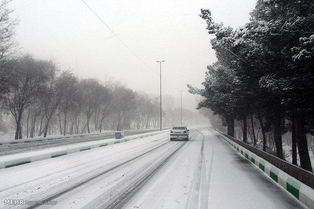 1932306 - برف و باران در کشور / وضعیت جاده های کشور