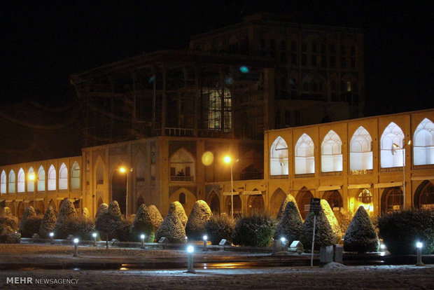 Snowy days of Isfahan