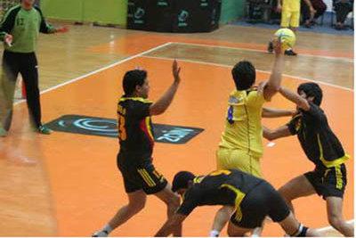 تیم هپکوی اراک و هیات هندبال تهران به تساوی راضی شدند