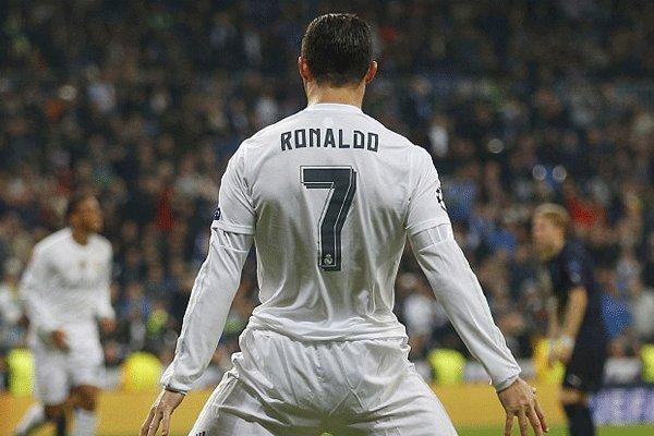 نایب رئیس بارسلونا از رونالدو انتقاد کرد