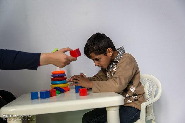 روایت درس خواندن ۲۷۴۶ دانشآموز طیف اوتیسم
