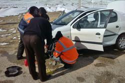 ۱۵ خودروی گرفتار در برف محور گلوگاه به دامغان امدادرسانی شدند