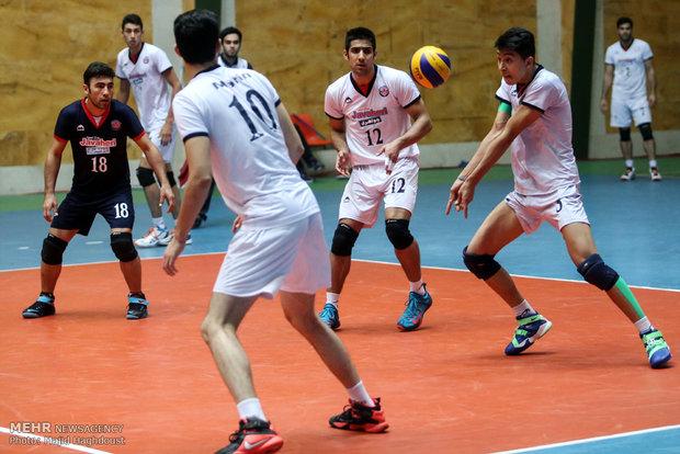 دیدار تیم های والیبال بانک سرمایه با جواهری گنبد و سایپا تهران با کاله مازندران