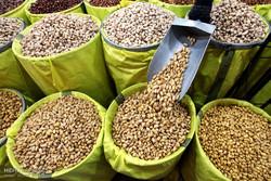 قیمت آجیل نجومی است / شب یلدا و چالش افزایش ۲۵۰ درصدی قیمتها