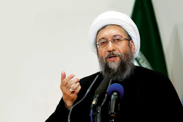 آية الله لاريجاني: لغة العقوبات لا تنفع أمام إرادة الشعب الإيراني