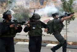 إصابة 25 فلسطيني برصاص قوات الاحتلال الصهيوني