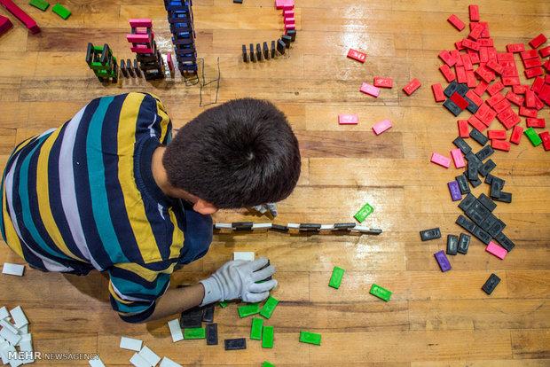 لعبة الدومينو في مدارس ايران