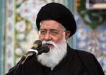 دشمن اسلام بدون سیاست را میخواهد