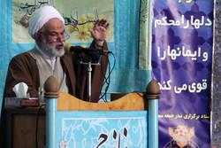 قدرت نظامی ایران دشمنان انقلاب اسلامی را گوشهنشین کرده است
