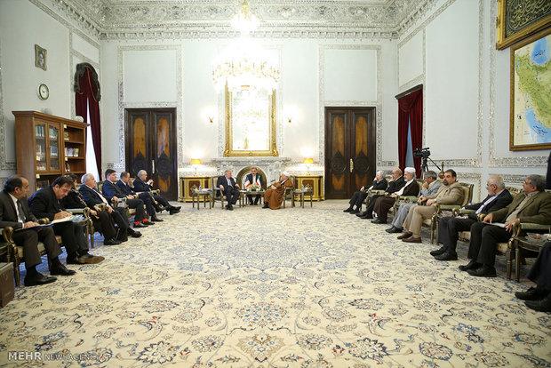 لقاء رئيس مجلس الشيوخ الفرنسي مع رئيس مجمع تشخيص مصلحة النظام