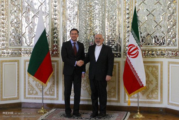 لقاء وزيري خارجية ايران وبلغاريا