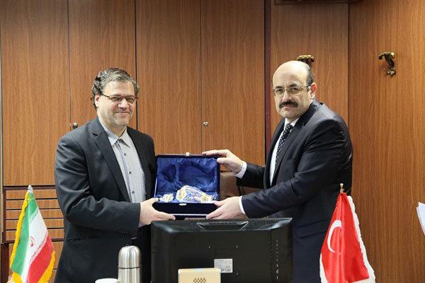 Iran, Turkey to draw medical sciences coop. roadmap