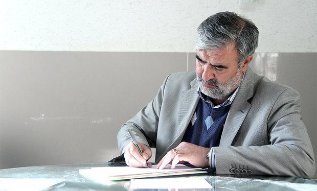 «ابراهیم عزیزی» برای حضور در مجلس شورای اسلامی ثبت نام کرد