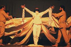 تئاتر قم نیازمند حمایت است/ بیمهری به فعالیتهای فرهنگی در قم