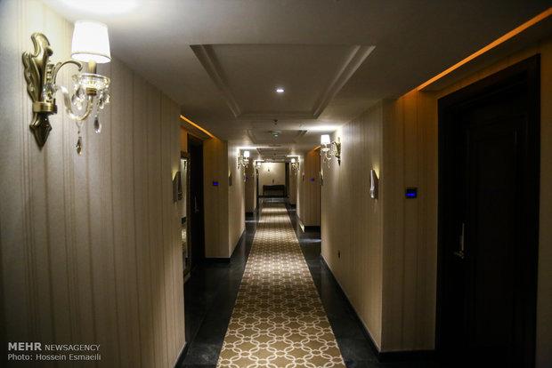 بهرهبرداری از یک هتل چهار ستاره در اصفهان به مناسبت دهه فجر