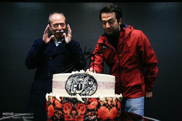 1953527 - عکس های مراسم بزرگداشت علی نصیریان با حضور هنرمندان و خوانندگان و ...