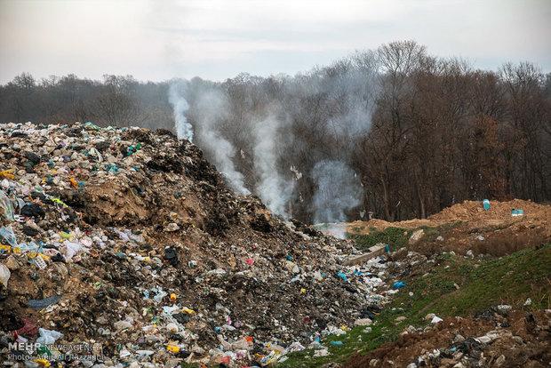 قامت جنگلهای هیرکانی رامسر زیر بار زباله خمیده شد